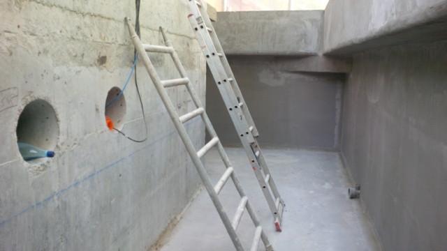 hidroizolarea fundatiei sera Petresti
